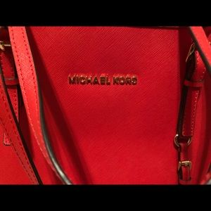 Michael Kors Bags - Michael Kors Large Jet Set Tote Bag